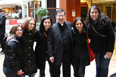 Fr Frank greeted pro-lifers staying at the Washington Court Hotel