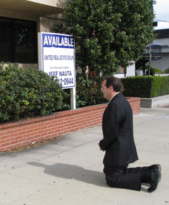 Jim Pinto intercedes in front of the abortion mill in Downey