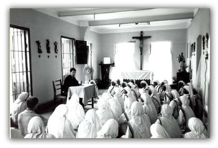 Fr. Frank Pavone speaking to Mother Teresa's sisters